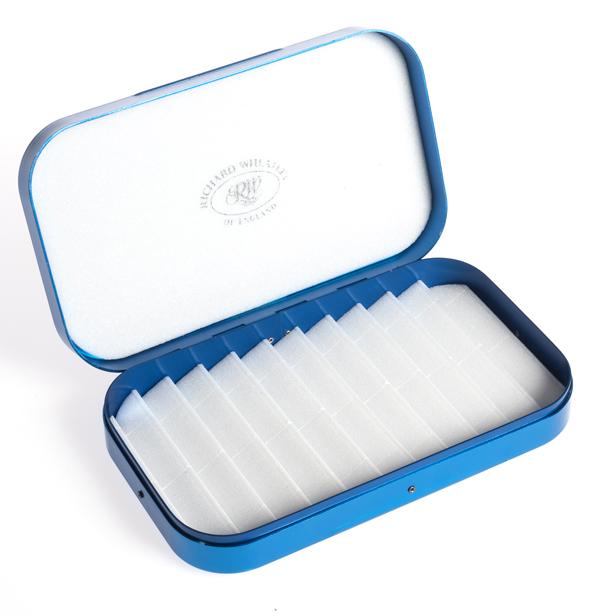 Boîte à mouches Richard Wheatley - Modèle Bonefish gravé
